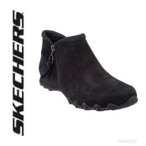 🎆 Skechers Relaxed Fit Suede Ankle Boots